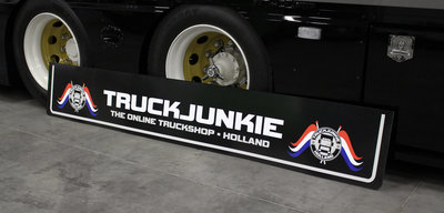 MUDFLAP - TRUCKJUNKIE HOLLAND FLAGGS  - THE ONLINE TRUCKSHOP 250 X 40/30